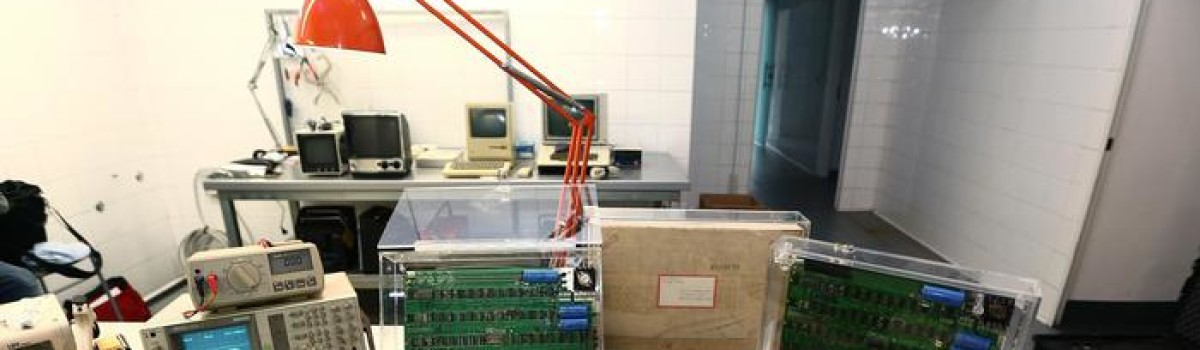 Temporary Museum Torino ridona vita a tre Apple-1